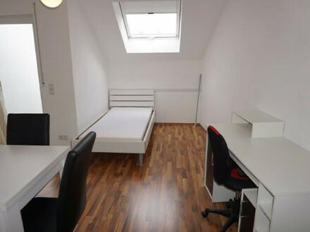 ARNOLD-IMMOBILIEN: Studenten - Auszubildende only ...... Tolles möbliertes Appartement