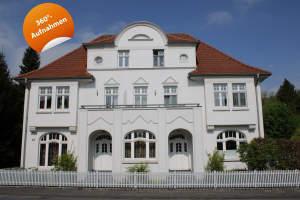 Stilvolle Eigentumswohnung in sanierter Altbau-Villa