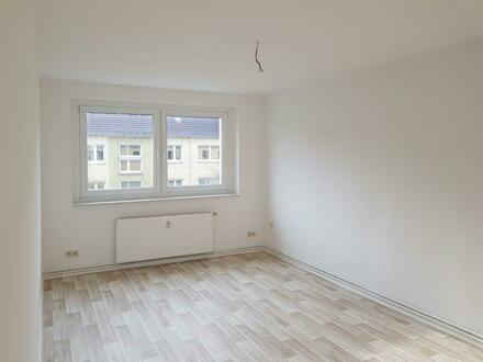 Gemütlich und günstige 3 Raum Wohnung
