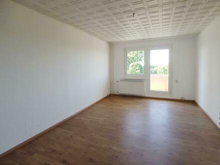 WG gründen? Schicke 3 Zimmer Wohnung mit Balkon und Badewanne! Jetzt mit Gutschein*