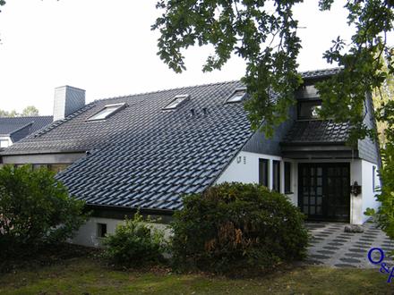 Wohnen in Bestlage! Freistehendes Einfamilienhaus in der Pillauer Straße.