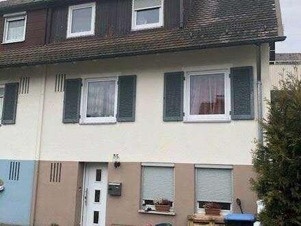 Doppelhaushälfte in ruhiger Siedlungslage...