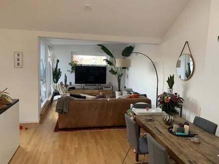 3-Zimmer-Penthouse-Wohnung mit EBK,Balkon