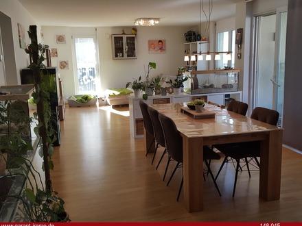 Erdgeschoss-Wohnung mit Garten in 3-Familien-Niedrigenergiehaus