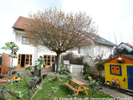 Wohnen auf Zeit: Gepflegtes und modernes Einfamilienhaus in Kleinostheim