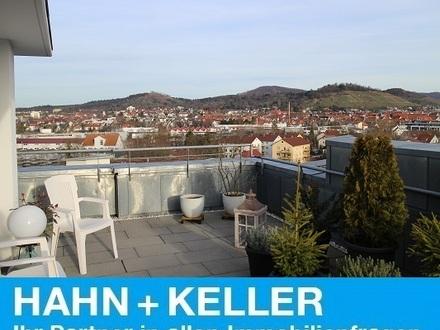 Barrierefrei - Hausmeister - Aufzug -- Idealer Altersruhesitz! Bestens gepflegte 120 m² Wohnung!