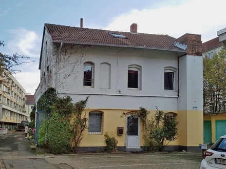 Südstadt-Maisonette-Wohnung (EG - OG - DG)