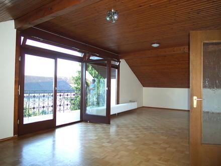 Dachgeschosswohnung mit schönem Ausblick