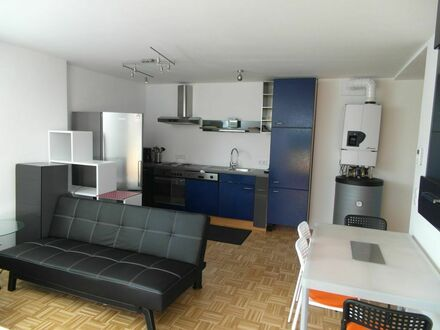 Schöne vollmöblierte 3-Zimmer-Wohnung in ruhiger Lage