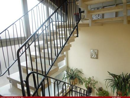 Hübsche Dachgeschoss-Wohnung sucht geschickten Handwerker!
