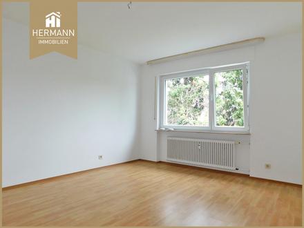 Großzügige 2-Zi.-Wohnung mit großem Balkon im Dachgeschoss in Kriftel