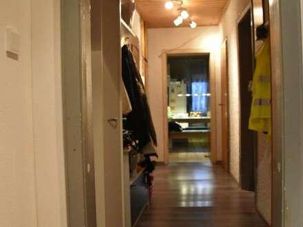 Schöne 3-4 Zimmerwohnung