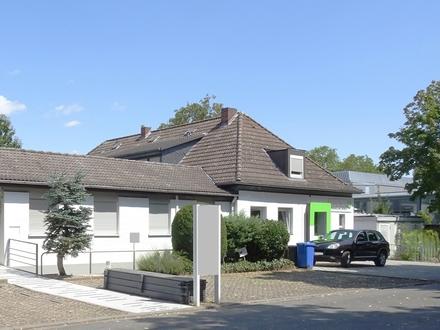 Die bessere Kapitalanlage: WG-geeignete 5-Zi.-ETW mit PKW-Stellplatz neben Hochschule!
