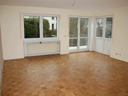 Mayence-Immobilien: Schöne 2 Zimmerwohnung mit Balkon in Ober-Ingelheim! PKW-Tiefgaragenstellplatz!