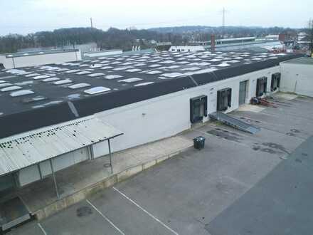 Produktions- und Lagerhallen von 270 m² - 2.650 m²