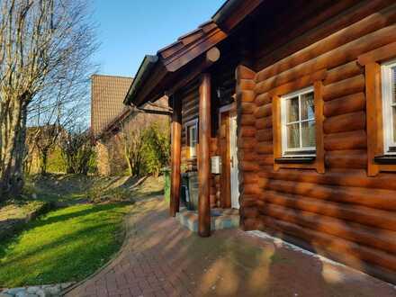 Gesundes & behagliches Wohnen in einem Blockbohlenhaus in 24882 Schaalby