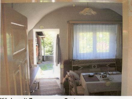 Küche mit Gewölbedecke