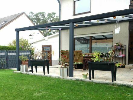 1 6 0 qm neuwertige Doppelhaushälfte mit Spielgarten in TOP Wohnlage direkt am Naturschutzgebiet