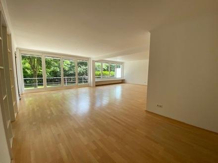 Exkl. lichtdurchflutete 4-Zimmer-Whg., gr. Südterr. Parkett EBK TG-Platz GT-Innenstadt