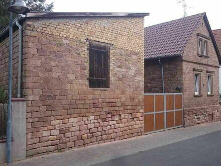 Sanierungsbedürftiges EFH mit Nebengebäude und weiterem Grundstück in ruhiger Lage von Mörsfeld