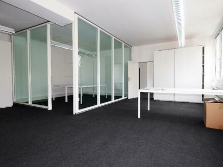 Büro 1 mit Besprechungsraum