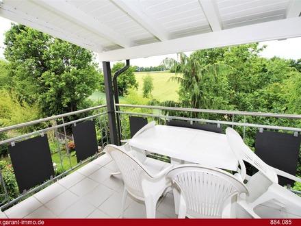 Maisonette-Wohnung mit Garten u. Kelleranteil+Garage/TOP-Zustand/ca. 8 Autominuten von der A93 ent..