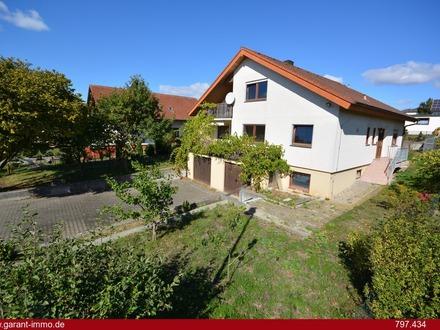 Geräumiges Ein- bis Zweifamilienhaus in schöner Wohnlage!