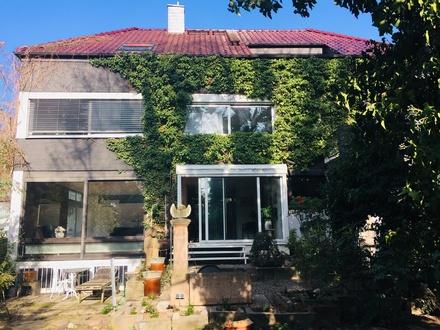 Haus von der Gartenseite