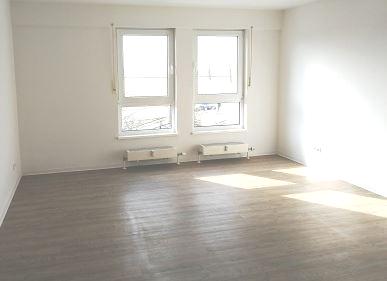 Helle 1 Raum-Wohnung in Großkugel