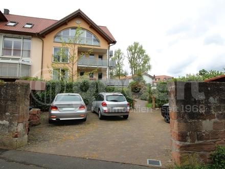 Maisonette-Wohnung mit 2 Balkonen und einem traumhaften Blick auf den Main!