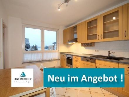 ++ Für die Familie: Schöne 4 Zi-Wohnung mit Balkon, Wohnküche und PKW-Stellplatz ++