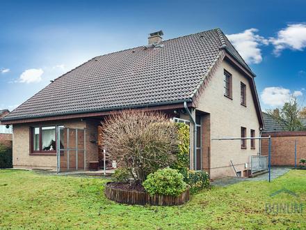 TOP-Lage Verden! Großes Einfamilienhaus mit Do.-Garage für Familie mit Potential