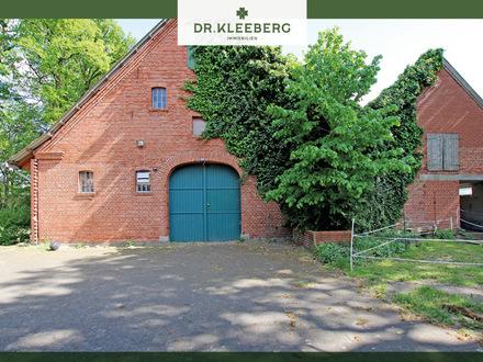 Großer Resthof mit Scheune in landschaftlich reizvoller Lage von Hopsten Schale