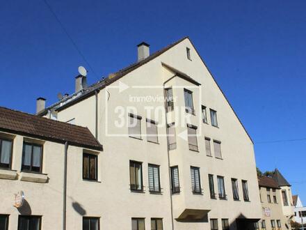 Alles in Ihrer Nähe! - ETW mit großer Dachterrasse in Augsburg-Oberhausen!