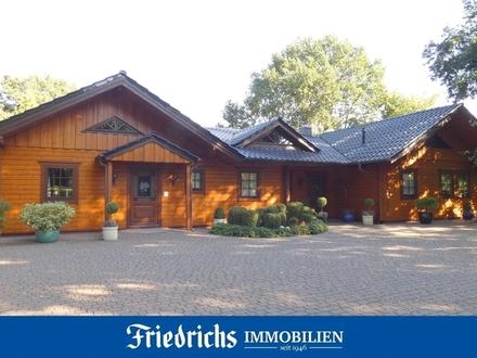"""Großzügiges Blockbohlenhaus (gewerbl./freiberufl. Teilnutzung möglich) im """"Seemannsort Barßel"""""""