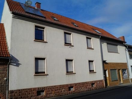 2 Familienhaus im Herzen von Wörth *KEINE KÄUFERPROVISION*
