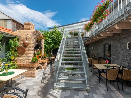 Kaufpreis auf Anfrage: **Vollexistenz-Hotel-Restaurant - hochwertige Gebäudesanierung erfolgt**