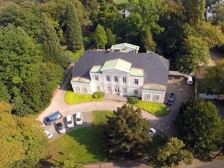 Stilvoll Wohnen in denkmalgeschützter Borgward-Villa