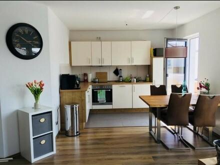 Ab Juli: Herrliche DG-Wohnung mit riesen Dachterrasse am Melkbrink in Oldenburg zu vermieten!