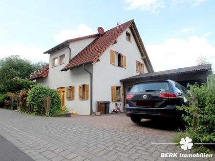 BERK Immobilien - Charmantes EFH mit vielen Zimmern und Platz für die ganze Familie
