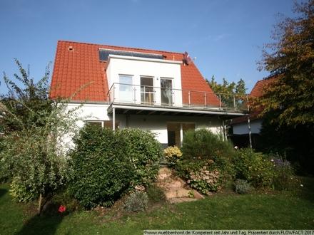 Kernsaniertes Einfamilienhaus mit großem Grundstück an der Haaren