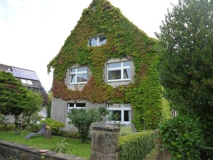 Charmantes Dreifamilienhaus in Dortmund-Löttringhausen mit XXL-Grundstück zu verkaufen