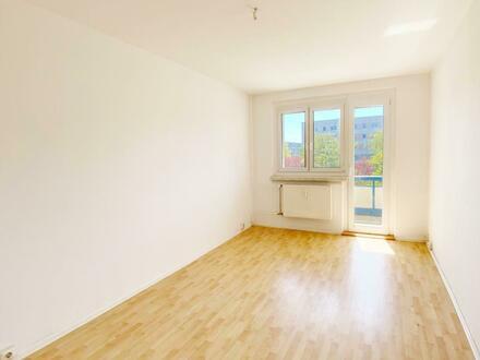 Helle 3 Zimmer Wohnung mit Blick ins Grüne.