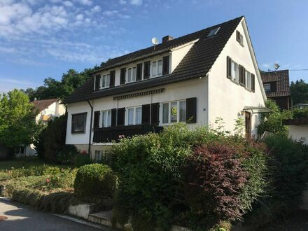 Aichtal-Neuenhaus: Familienwohnhaus in ruhiger Wohnlage