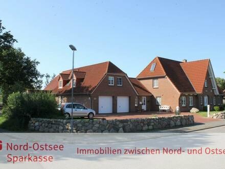 TOP-gepflegtes, sehr großzügig gestaltetes Einfamilienhaus mit perfektem Grundriss: