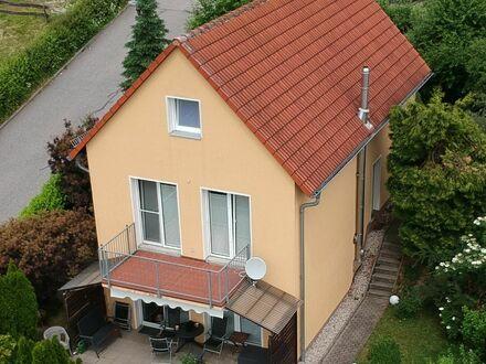 Gemütliches Einfamilienhaus in ruhiger Südhanglage - Provisionsfrei