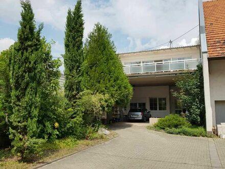 Gepflegtes Wohnhaus mit ELW und großem Garten in Offstein