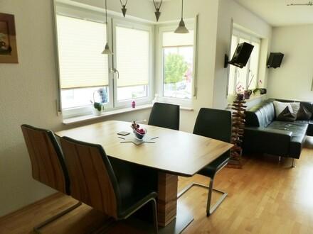 Reduziert - Maisonette-Wohnung inkl. 2 TG-Stellplätzen