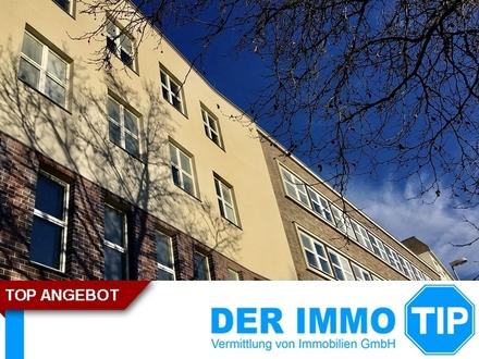 ERSTBEZUG! hochwertige Penthouse-Wohnung im Zentrum Chemnitz mieten + offene Küche + Parkplatz