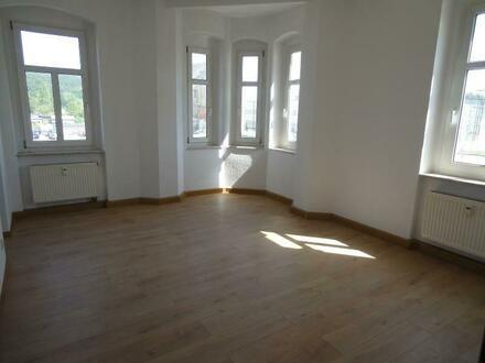 umfassend renoviert - 3 Zimmer-Wohnung